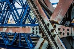 Stary most buduj?cy w metalu zdjęcie royalty free