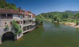 Stary most nad Crnojevica rzeką w Montenegro obrazy stock