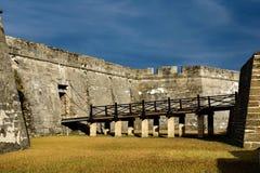 Stary most w głównym wejściu Castillo De San Marcos przy Starym miasteczkiem w Floryda Historycznym wybrzeżu 1 obrazy royalty free