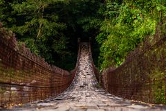Stary most w Gwatemalskich górach obraz royalty free