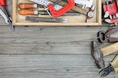 Stary narzędzie set ośniedziały młot, nipper, kahatów wyrwania i inny, Zdjęcie Stock