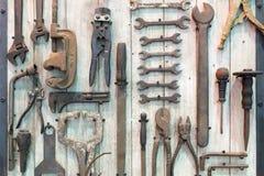 Stary narzędzie w narzędziowym pokoju Obraz Royalty Free