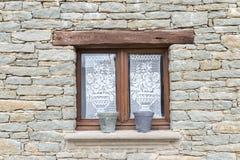 stary nieociosany okno Zdjęcie Royalty Free