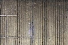Stary nieociosany retro drewniany falcowania drzwi panel Obrazy Royalty Free