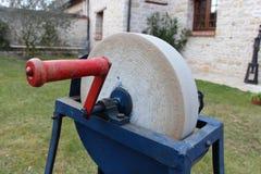 Stary nożowy koło ostrzarki artefakt Zdjęcia Stock