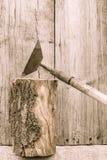 Stary ośniedziały kilof Krajów narzędzia Obrazy Royalty Free