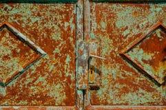Stary ośniedziały metalu drzwi. HDR obrazek Fotografia Stock