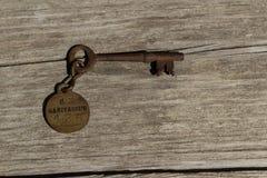 Stary ośniedziały zredukowany klucz sanitarium obrazy stock