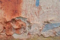 Stary odłupany tynk na betonowej ścianie, tło tekstura obrazy stock