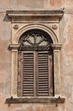 Stary okno na budynku obraz royalty free