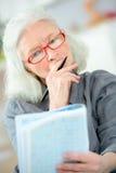 Stary ostatni robi crossword zdjęcia stock