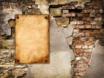 Stary papier dołączający krakingowa ściana ilustracji