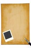 Stary papier z pustą fotografii ramą Obrazy Royalty Free