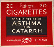 Stary papieros pakujący robić niedorzecznemu żądaniu Zdjęcia Stock