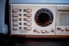 Stary plastikowy retro telefon Brudzi, grunge Obrazy Stock