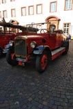 Stary pożarniczego wojownika samochód obraz stock