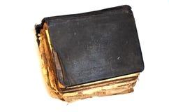 Stary podławy antyk książki ` biblii ` na białym odosobnionym tle zdjęcia stock