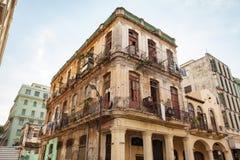 Stary podławy dom w Środkowy Hawańskim, Kuba/ fotografia stock