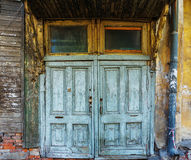 Stary podławy drzwi w starym domu Obraz Stock