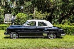 Stary Porysowany Czarny samochód Zdjęcie Royalty Free