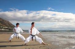 stary poćwiczyć karate. Obrazy Stock