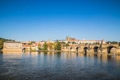Stary Praga widzieć od Novotny footbridge Fotografia Royalty Free