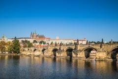 Stary Praga widzieć od Novotny footbridge Obrazy Stock