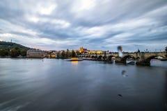 Stary Praga widzieć od Novotny footbridge Zdjęcia Stock