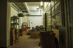Stary, przemysłowy wentylacja system w piwnicie zaniechany schron, obrazy stock