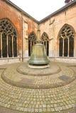 Stary przyklasztorny dzwon zdjęcie stock