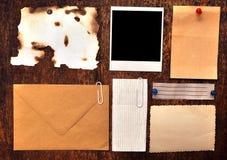 stary pusty deskowy biuletyn zdjęcie stock