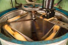 Stary Ręcznie robiony automatyzujący Miodowy ekstraktor Obraz Stock