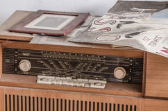 stary radio od drewna obraz royalty free