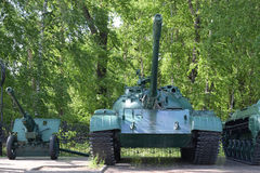 Stary Radziecki zbiornik T-62 1962 model Zdjęcia Stock