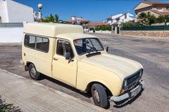 Stary Renault 4 Fourgonnette Zdjęcia Stock