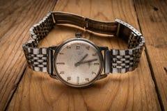 Stary rocznika m??czyzny wristwatch zdjęcie royalty free