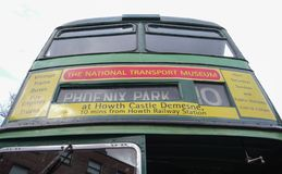 Stary Routemaster Dublin autobus, prz?d spod spodu obrazy stock
