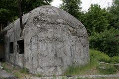 Stary rujnujący bunkier wojna zeszły wiek, Fotografia Royalty Free