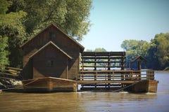 stary rzeczny watermill Obraz Royalty Free