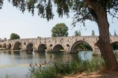 stary rzymski most w Beziers miasto w południowym Fran zdjęcia royalty free