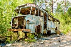 Stary samochodowy cmentarz Zdjęcia Stock