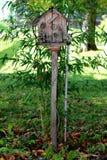 Stary starzejący się drewniany ptaka dom Zdjęcie Royalty Free
