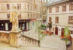 Stary teren Wiedeń z rzeźbami kościół chrześcijańscy Fotografia Stock