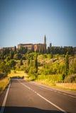 Stary Toskański miasteczko na wzgórzach, Włochy Fotografia Royalty Free