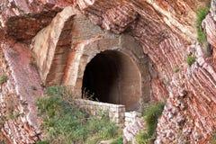 Stary tunelowy portal Zdjęcia Stock