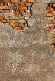 Stary tynk na czerwonym ściana z cegieł Zdjęcia Royalty Free