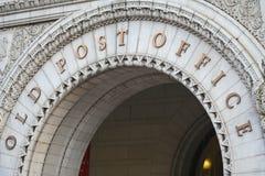 Stary urzędu pocztowego łuku wejście Waszyngton dc June 2006 zdjęcie stock