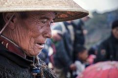Stary wódz wioski Yi ludzie Fotografia Royalty Free
