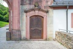 Stary wejście kościół lub pałac zdjęcia stock