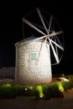 Stary wiatraczek kamień w nocy Obrazy Stock
